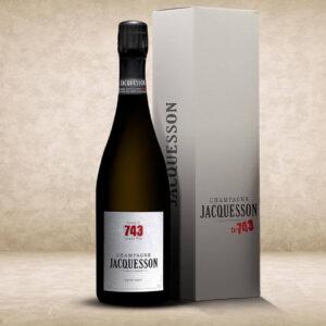 Jacquesson_Cuvée_743-Extra-Brut_coffret